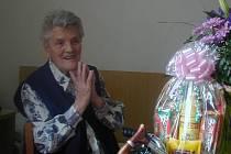 Erna Ondrovčíková oslavila 101. narozeniny.