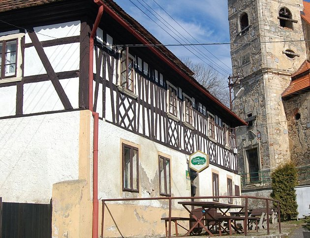 Historickou hrázděnku v Kosletní Bříze koupil v letošním roce soukromý podnikatel.