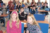 Žáci se v krajské knihovně v Karlových Varech utkali v Logické olympiádě, kterou pořádala Mensa ČR.