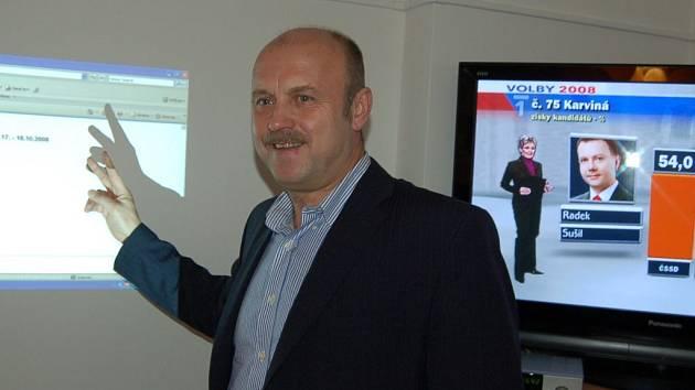 Krajské volby 2008: Volební štáb ČSSD. Josef Novotný, lídr ČSSD v krajských volbách.