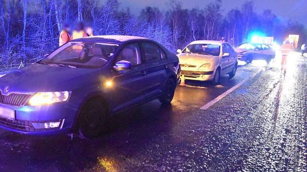 Dopravní nehoda na D6.