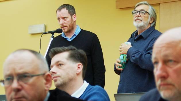 Jiří Bartoška a Kryštof Mucha obhajovali před zastupiteli peníze na filmový festival.