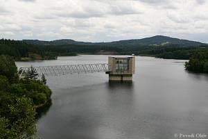 V letech 1972 až 1978 byla zbudována na Lomnickém potoce vodní nádrž Stanovice.