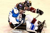 Sledge hokejovou bitvu rozhodl pro barvy Sparty Zdeněk Krupička.
