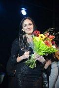 Loňskou vítězskou Karlovarského hlasu se stala Linda Milotová z Plzeňska.