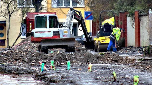 Rekonstrukce ulici v Ostrově bude dražší.