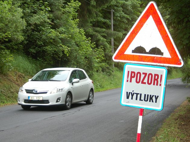 Horské silnice, která jsou často ve špatném stavu, čekají rozsáhlé investice