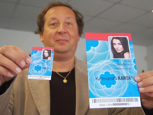 KARLOVARSKOU kartu lze nyní využívat v lázeňské MHD a také v plzeňské dopravě.