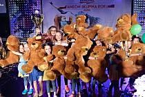 ÚSPĚŠNÝ SOUBOR MIRÁKL. Nejmladším tanečnicím Miráklu se podařilo zvítězit na republikovém mistrovství ve Zlíně.