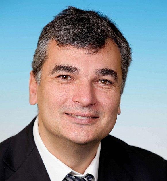 Ředitel Krajského úřadu Karlovarského kraje Roman Rokůsek.