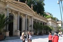 NAPŘÍKLAD  Karlovy Vary mají na indikativním seznamu Mlýnskou kolonádu (na snímku) a Goethovu vyhlídku.