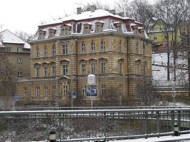 Budova bývalého kožního oddělení.