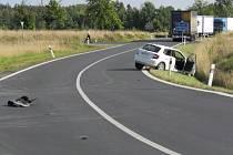 JEDNA Z dopravních nehod, které se staly u Drmoulu.