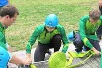 Požární sport, svěcení nového technického automobilu Iveco Daily a posezení při hudbě bylo v sobotu odpoledne na programu Sboru dobrovolných hasičů v Horních Bludovicích.