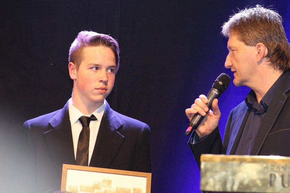 Nejlepší sportovci Karlovarského kraje získali cenění.