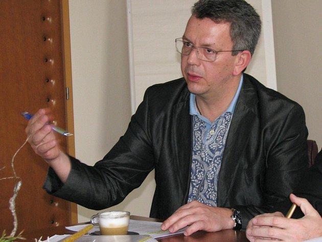 Náměstek hejtmana Jakub Pánik nesouhlasí srozhodnutím antimonopolního úřadu.
