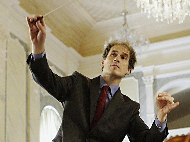 Stávajícímu šéfdirigentovi Martinu Lebelovi jeho smlouva v létě končí.
