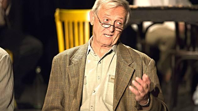 Za knihami můžete vyrazit i do divadla. Číst tu bude herec Petr Richter.
