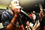V klubu vystupovala řada renomovaných hudebníků. Jako například brooklynský undergroundový rapper Afu-Ra.