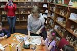 Svět jarních řemesel v kraslické knihovně