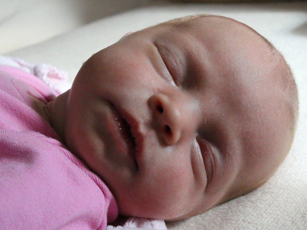 ZUZANA MANDOUSOVÁ z Nejdku se narodila 1. 8. 2017
