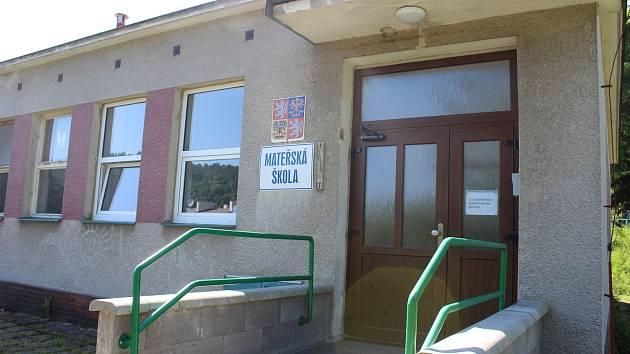 Mateřská škola ve Velichově.