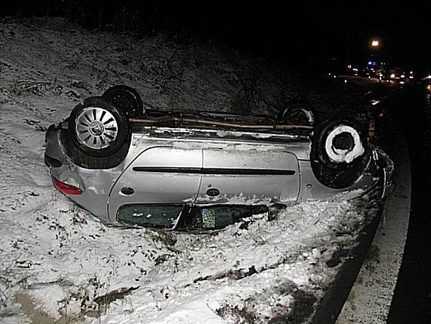 Řidič nezvládl řízení vozidla