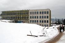 Stavba centra technického vzdělávání v Ostrově