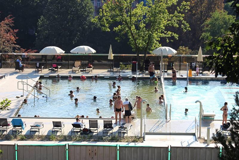 Bazén v Thermalu.
