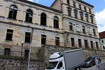 Opravy historické Dvorany budou pokračovat i v letošním roce.