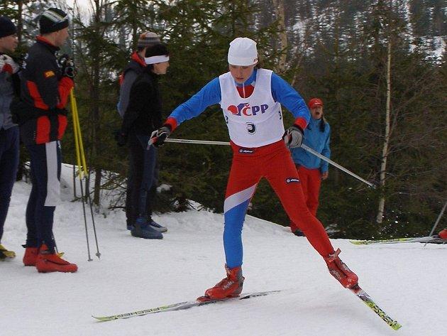 Nejúspěšnější závodnicí karlovarského Slovanu v sezoně 2007/08 byla dvojnásobná mistryně republiky Petra Nováková. Tituly vybojovala v kategorii mladších dorostenek na tratích 3 km klasicky a ve stíhacím závodě na 5 km volně.