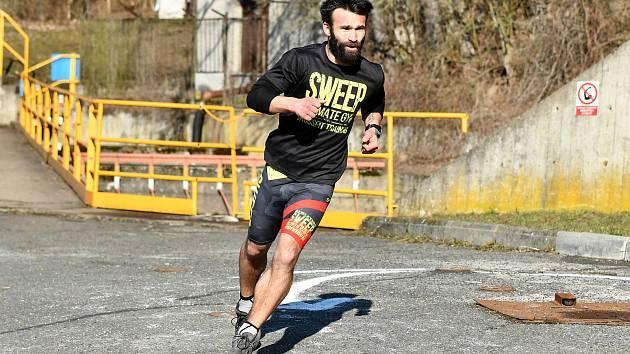 Milovníci běhu by měli řádně zbystřit. Na neděli 25. dubna je nachystán první z mnoha plánovaných závodů v režii Čeňka Filingra Prunéřovské štreky.