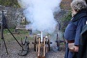 Atraktivní program na hradě Hauenštejně sledovaly desítky lidí.