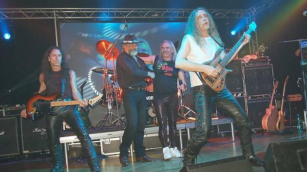 Coda při oslavě 25. výročí vzniku kapely.