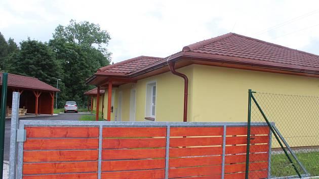 Nové byty v bungalovech pro seniory.