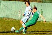 Fotbalisté Sedlece a Slavoje Bečov se rozešli o víkendu smírně 1:1.