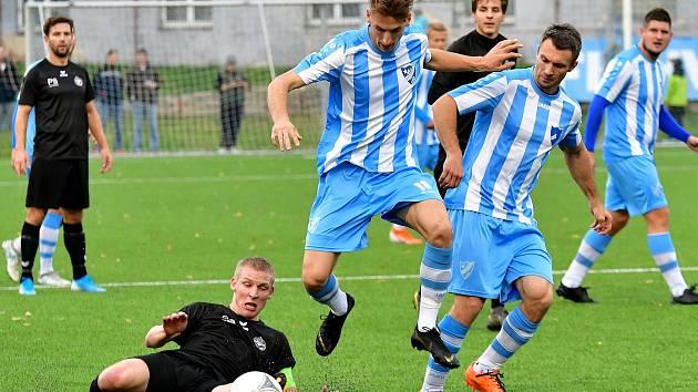 Záchrana. V tu doufají v jarní části ve fotbalových celostátních soutěžích hned čtyři kluby z Karlovarského kraje. Uspějí?