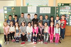 Žáci první třídy ze Základní školy Marie Curie-Sklodowské v Jáchymově.