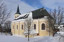 Kostel svaté Anny je sice po rekonstrukci, na první návštěvníky ale ještě čeká.