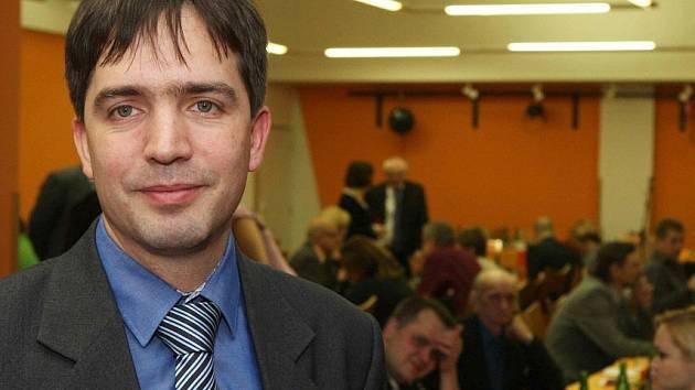 Krajský předseda ČSSD Petr Navrátil dočasně opouští stranu.