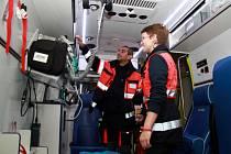 Denně vyjíždějí záchranáři v celém Karlovarském kraji průměrně ke 110 zásahům. Často však kvůli zbytečnostem