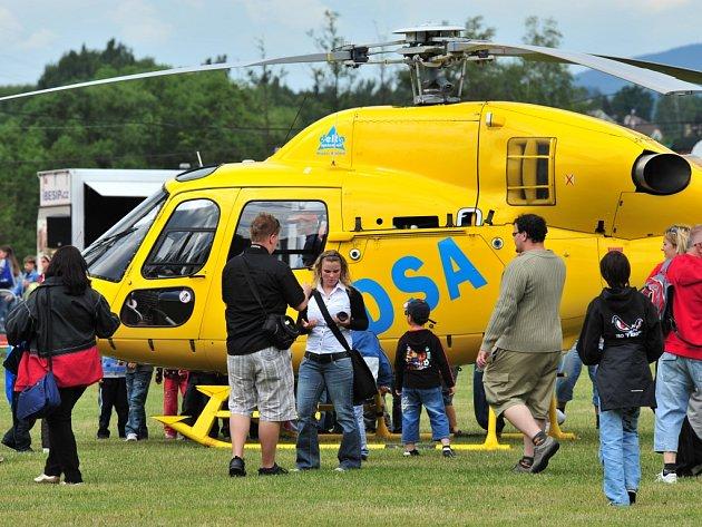 Asi největším lákadlem bude adrenalinová ukázka letecké záchranné služby společnosti D.S.A. a legendární vrtulník.