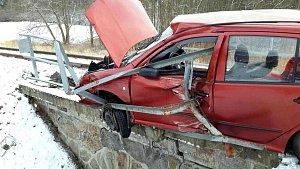 Nehoda na přejezdu u Zlutic