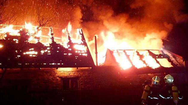 Škody způsobené požáry letos v pololetí v porovnání s loňským rokem vzrostly.
