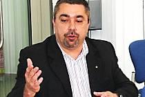 Ředitel karlovarského krajského pracoviště Ředitelství silnic a dálnic ČR Martin Leichter.
