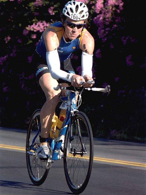 Dřina. Všichni závodníci nechávají na trase všechny své síly. Přesvědčil se o tom na vlastní kůži i Tomáš Báča.