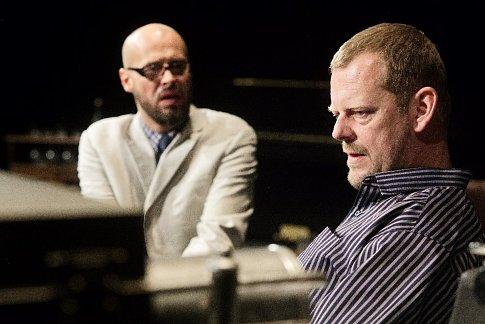 Martin Stránský s Janem Maléřem zažívají při hře Enigmatické variace na jevišti něco zvláštního.
