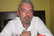 Hnutí ANO řekl ne také náměstek karlovarského primátora Čestmír Bruštík.