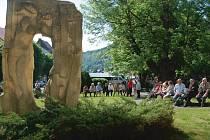 Brána ke svobodě, památník politických vězňů v Jáchymově.