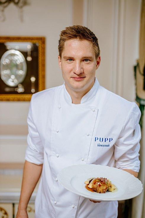 Šéfkuchař GH Pupp Ondřej Koráb, který pracoval v několika londýnských michelinských restauracích.
